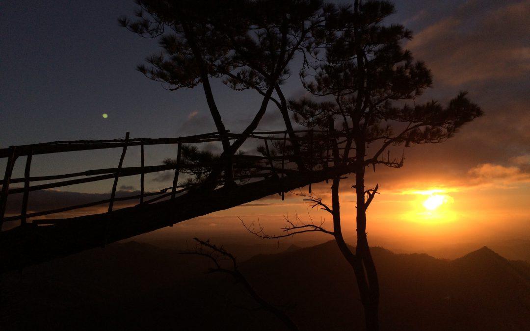 Most Picturesque Sunrise at Bucari, Leon, Iloilo