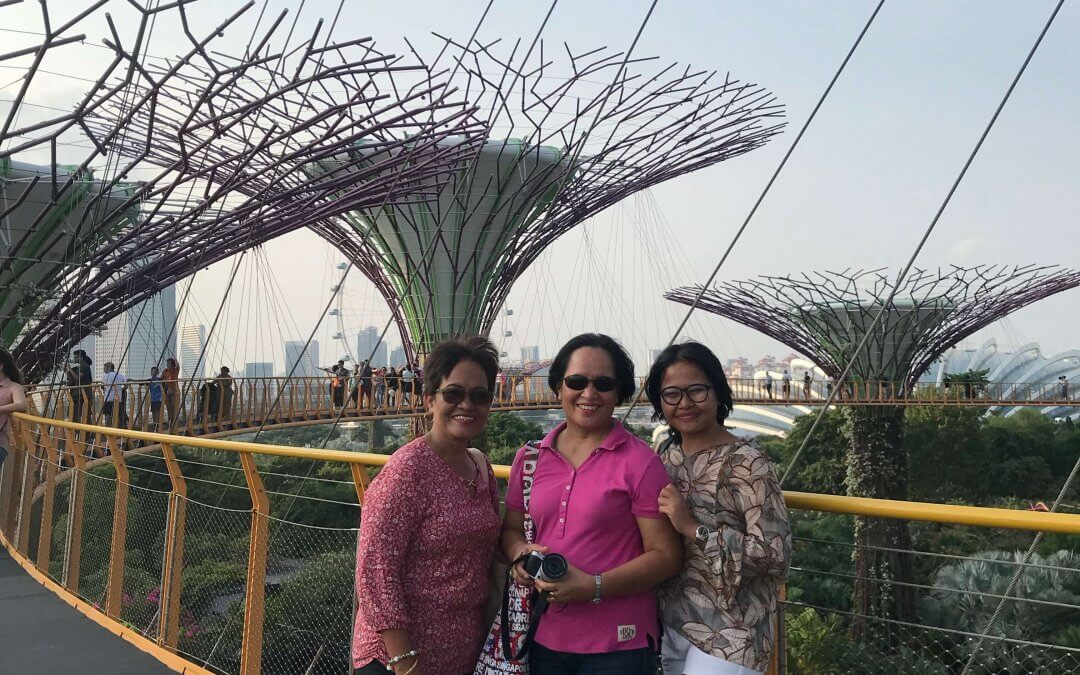 5 Tips to Travel Effortlessly with Elderly Family Members
